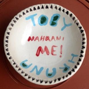 TOBY CAT DISH, NAHRANI ME (FEED ME)