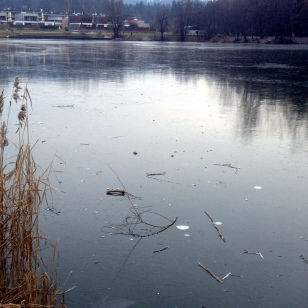 FROZEN KOSEZE POND