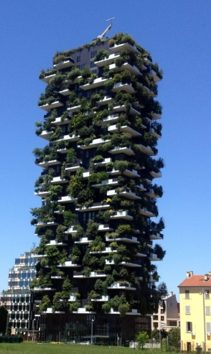 """A TRUE """"GREEN BUILDING"""""""