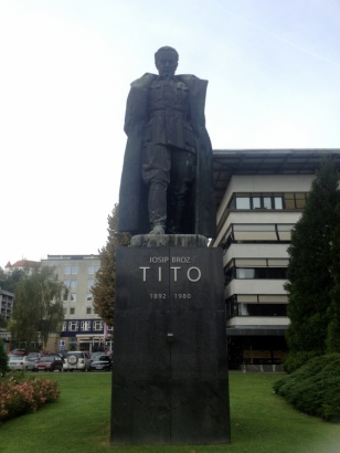 LARGEST TITO STATUE EVER