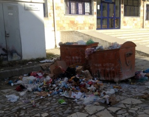 ALBANIA HAS A HUGE GARBAGE PROBLEM