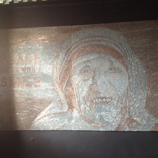 THIS IS MADE WITH 1 inch COPPER & SILVER NAILS. IT'S 2.5 M X 3 Meters