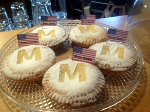 """EVERY BAKERY HAD SOMETHING """"FIRST LADY"""""""
