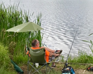FISHING IN LAKE VERNONIA-AMERICAN STYLE