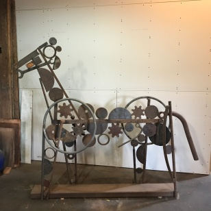 METAL SCULPTURE HORSE